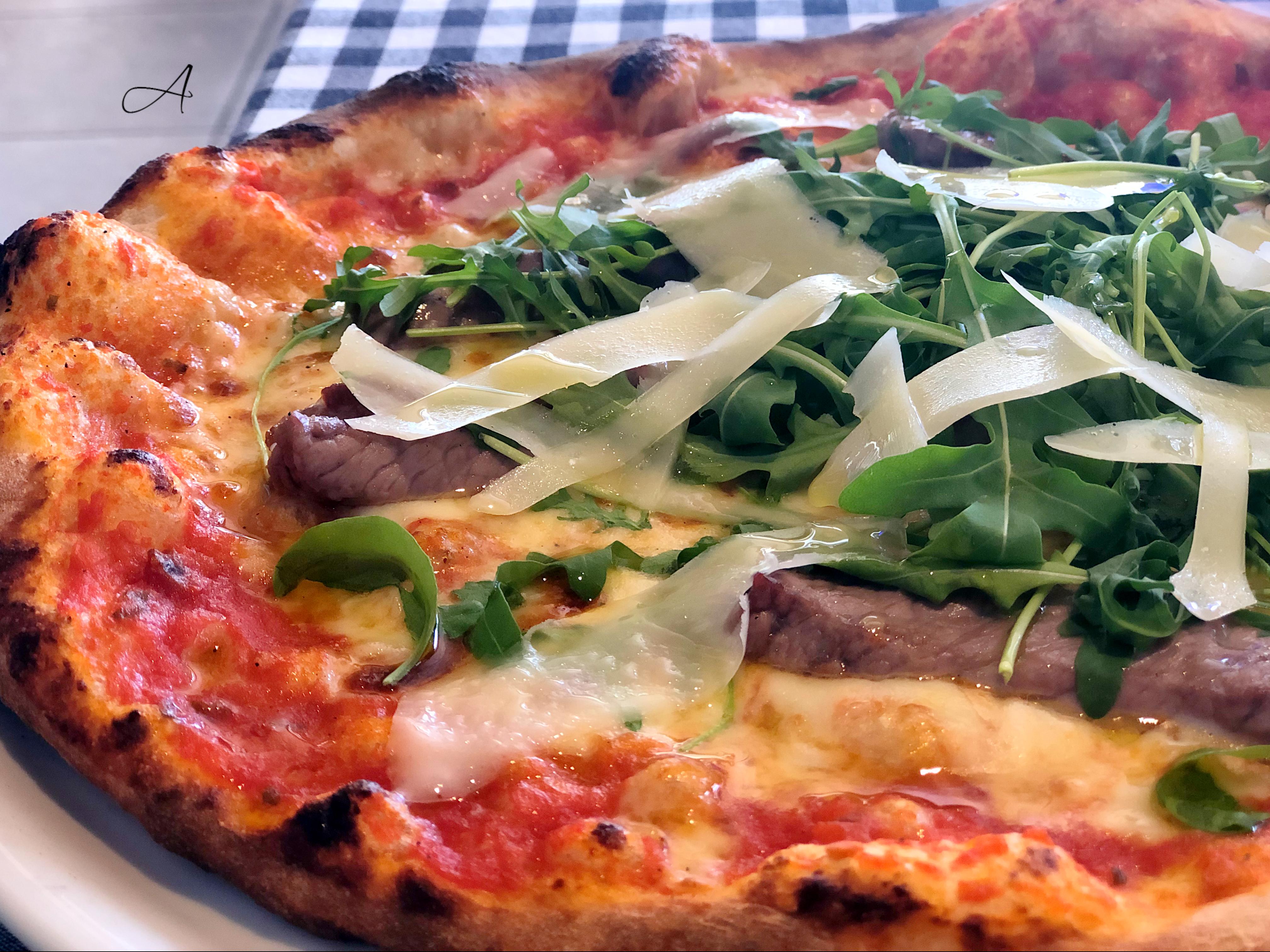 Pizza Tagliatta