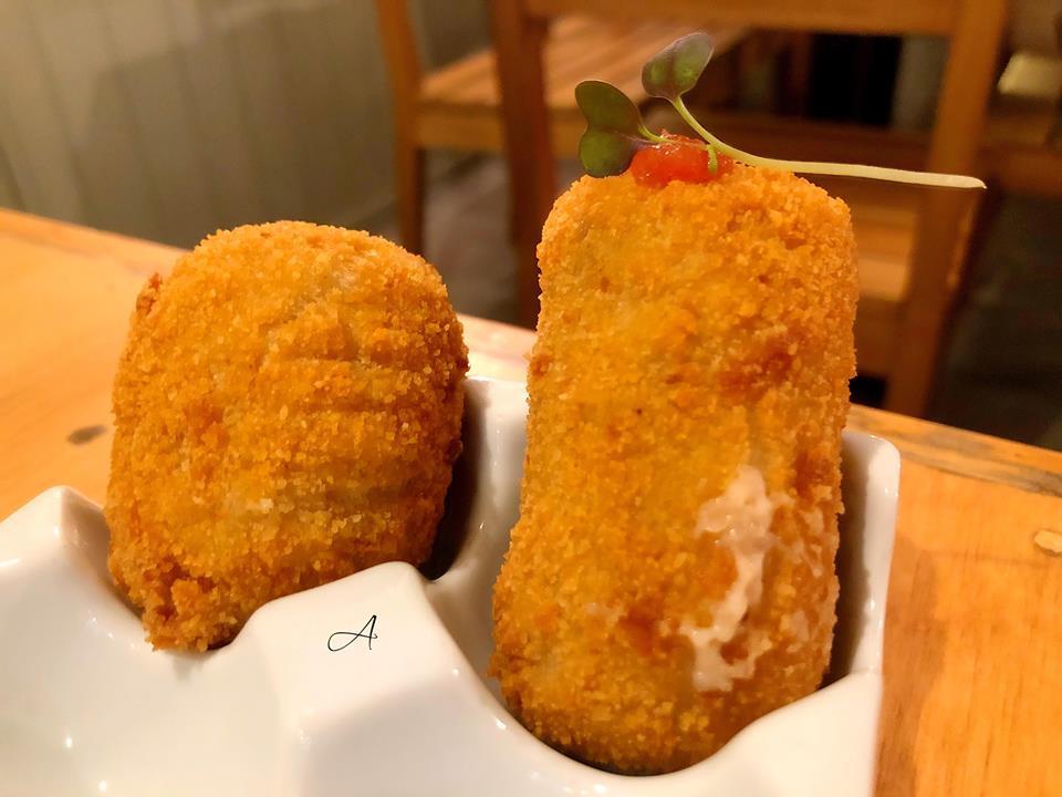Croqueta de bacalao y de queso