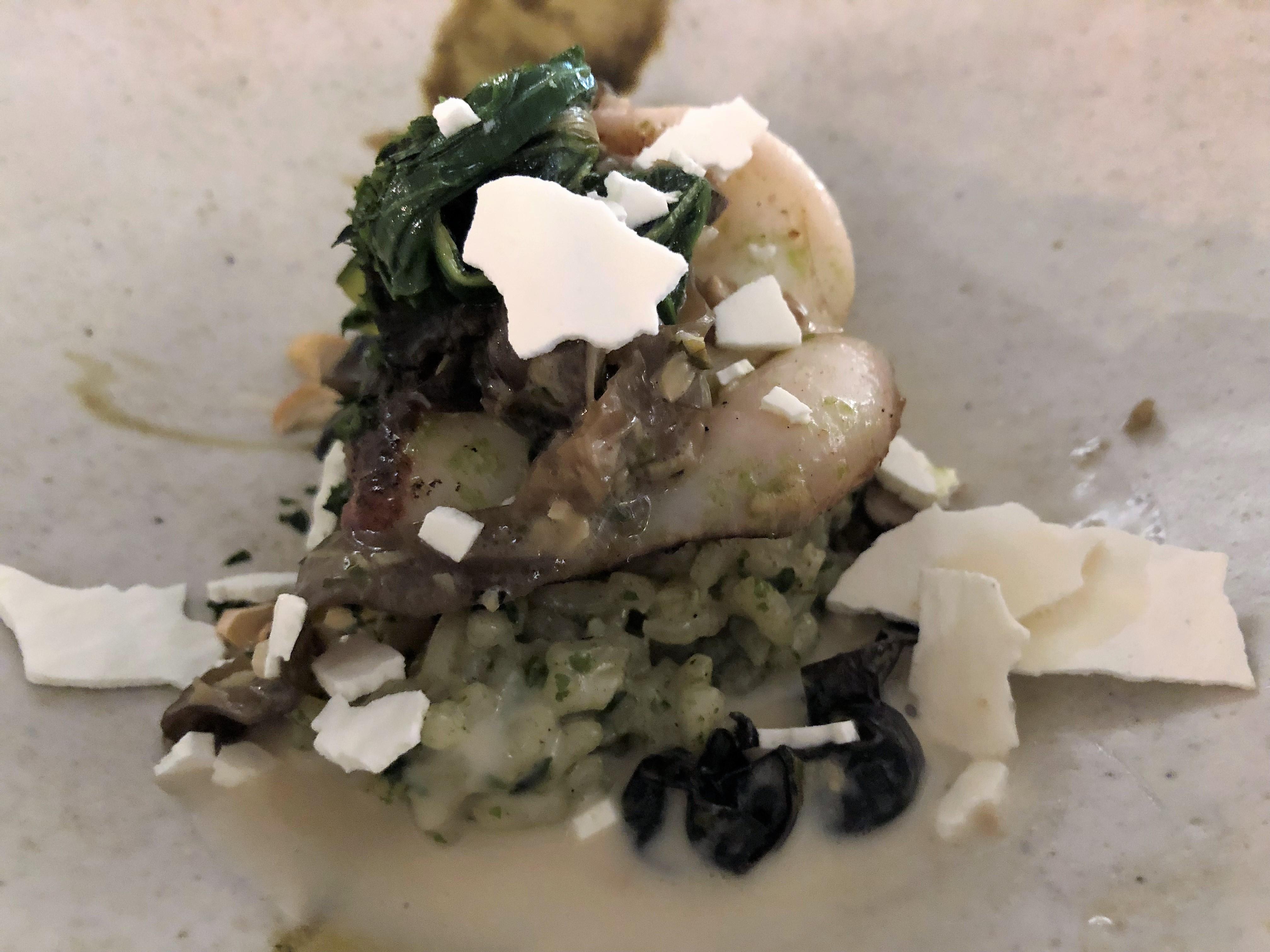 Calamar con arroz de algas