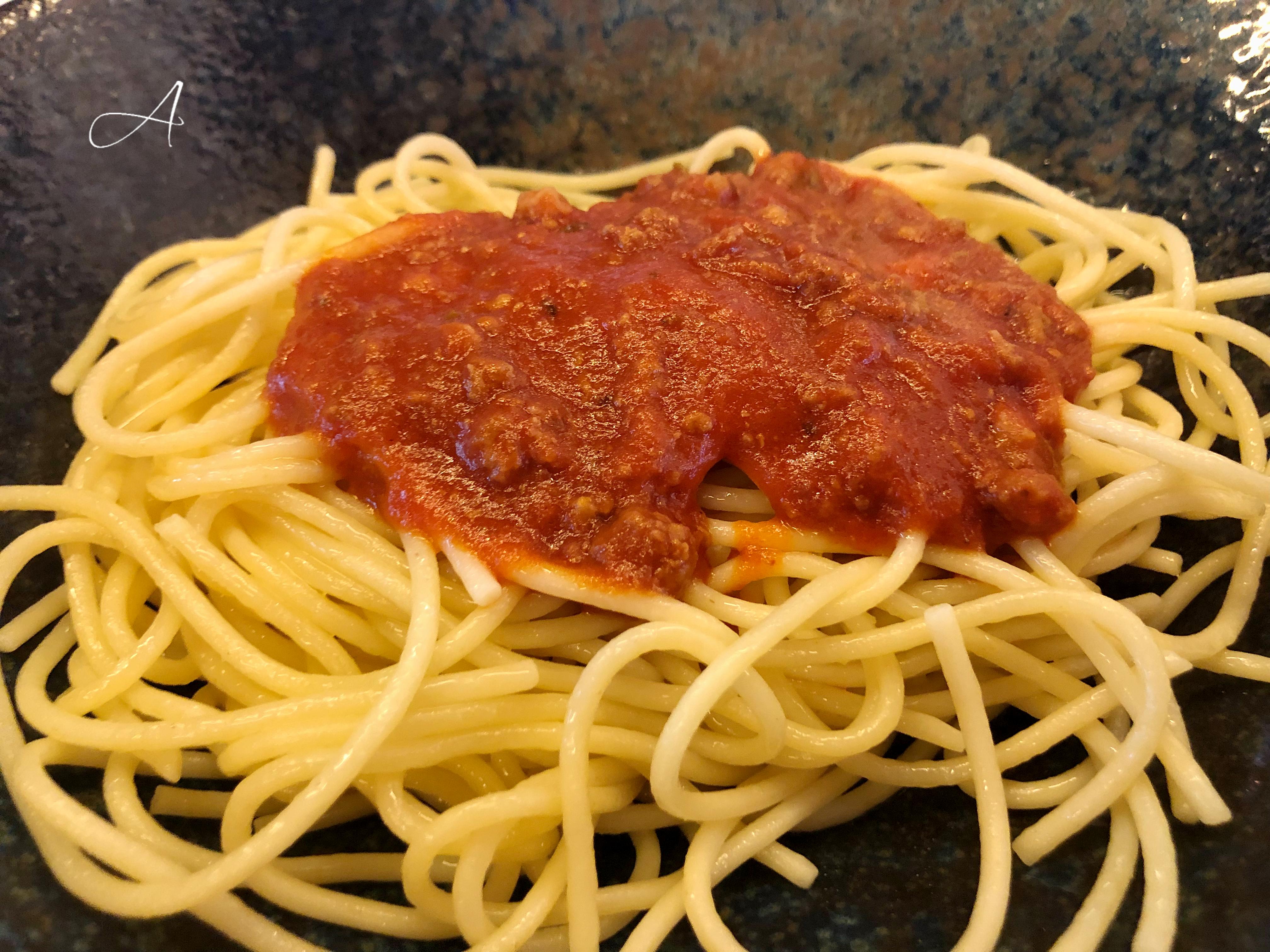 Spaguetti boloñesa (plato infantil)