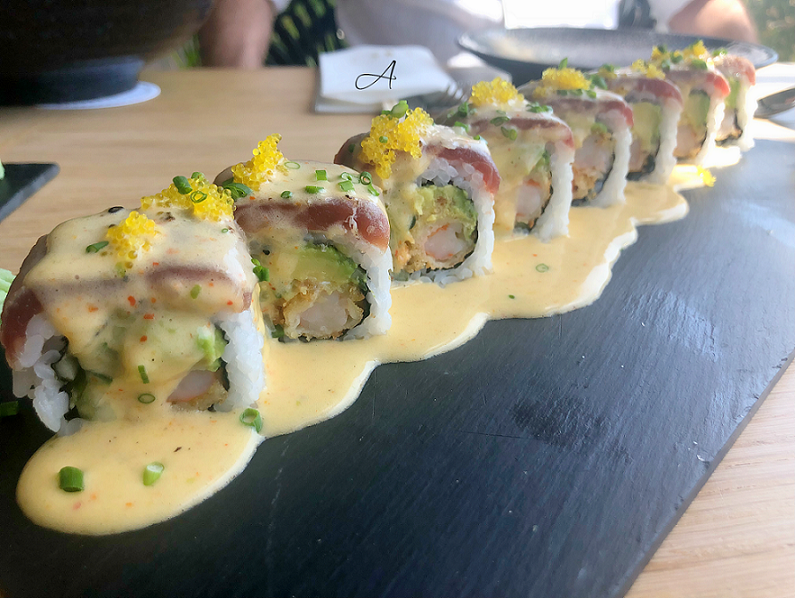 Golden Tuna Roll (a la carta)