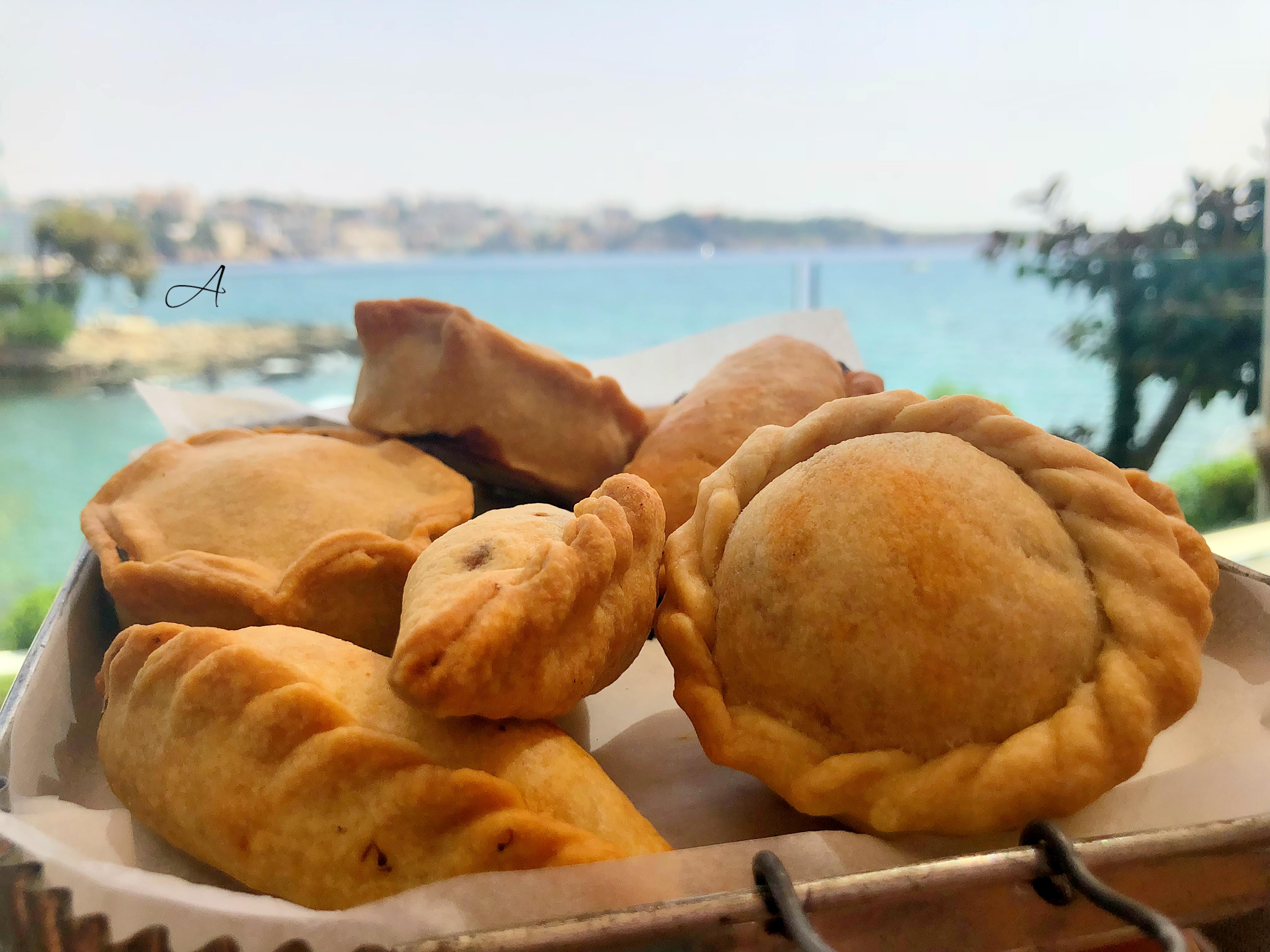 Empanadas y cocarrois